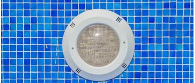Changement de la lampe du projecteur de la piscine